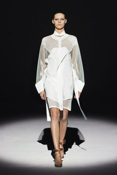 Amazing hem and tailoring in this piece.