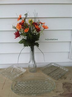 Don't wait ~~ grab these beautiful vintage serving dishes for the Hostess with the Mostess on your list this Christmas!!