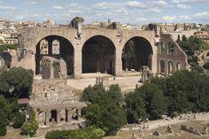 La basílica de Majencio, modelo de basilica cristiana, Roma