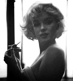 ˙Marilyn Monroe, expléndida y sensual y a la vez tan natural!