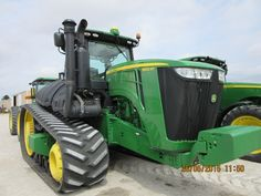 John Deere 9560RT,Is the largest JD tractor I have ever seen at Tri Green Tractor.Is there 9570R,9570RT,9620R coming to Flora?