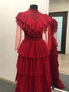Beetlejuice Winona Ryder as Lydia Deetz Red Dress / Halloween / Movie Cosplay Costume / Costume Play Beetlejuice Winona, Beetlejuice Wedding, Lydia Beetlejuice Costume, Movie Halloween Costumes, Halloween Dress, Wedding Dress Patterns, Costumes For Women, Cosplay Costumes, Tracking Number