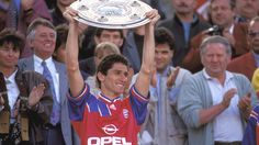 Der Brasilianer Jorginho 1994. Ein toller Abwehrspieler mit viel <3 im sozialen Bereich.