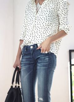 Im obsessed with a chic dalmatian inspired print, so this is fantastic.