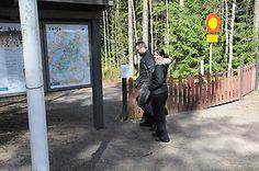 Emilia ja Tero lähtivät kansallispuiston maisemiin mainiossa kevätsäässä maanantaina.