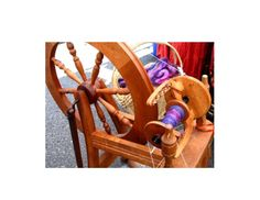Click this link to go to website http://utah.agclassroom.org/files/uploads/fieldguide1/wool.pdf  This PDF explains how you can spin wool giving students a hands on experience and understand how fiber is twisted to make yarn that is then woven in to fabric. A great activity to incorporate into your Technology unit plans in the primary years. 18/3/13