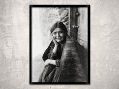 Jeune amérindienne Navajo fille sourire, an c1904. Photographie d