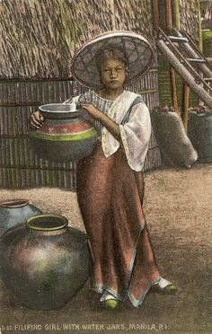 Filipina with Water Jag. Philippines Culture, Manila Philippines, Philippine Art, Social Realism, Filipino Culture, Filipina Beauty, Women In History, Pinoy, World Cultures