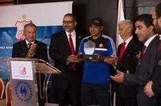 إدارة نادي الأهلي بنغازي تقدم مدربها الجديد وتكرم العشري