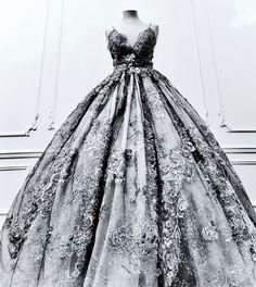 Sylwia Romaniuk Atelier /Baśniowa suknia