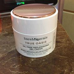 Bare Minerals True Oasis replenishing Gel Cream Brand New! Bare Minerals True Oasis oil-free replenishing Gel Cream. 1.7 oz, 50g bareMinerals Makeup