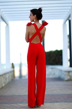 Red jumpsuit, we want in! Is adding an Alice Poppy Red Camera Bag too much? You decide: http://www.leimomi.com.au/alice-poppy-red-camera-bag/ #fashionphotography #fashion #beauty