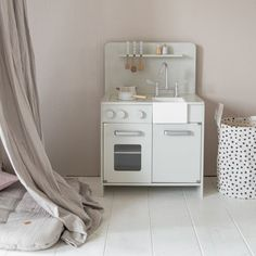 Houten speelgoedkeuken grijs Kidsroom, Washing Machine, Home Appliances, Crafting, Future, Grey, Wooden Dolls, Wooden Toys, Accessories