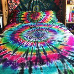 Tie Dye Sheet Set - Cotton - 1 Fitted Sheet - 1 Flat Sheet - 2 Pillow Cases - Michigan Made - Handmade - Hippie Bedding (Twisted Rainbow, Queen Sheet Set) Michigan, Cama Tie Dye, Tie Dye Bedroom, Diy Tie Dye Bedding, Tie Dye Sheets, Hippy Bedroom, Gothic Bedroom, Hippie Bedding, Boho Bedding