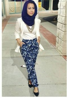 This outfit is soooo cute!!! Celebrate all cultures!!! #HastagHijab