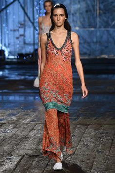 Missoni Spring 2017 Ready-to-Wear Collection Photos - Vogue
