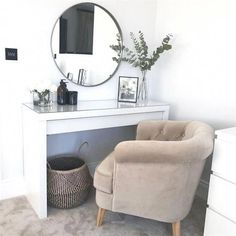 Ikea malm dressing table round mirror scandi nordic hygge dressing room - Source by table ideas Dressing Table Organisation, Ikea Malm Dressing Table, Dressing Room Decor, Dressing Room Design, Table Dressing, Dressing Table In Bedroom, Ikea Malm Table, Makeup Table Ikea, Dressing Room Mirror