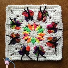 Did you see my new Butterfly Flower Garden Square, it's free to view on my blog. http://dearestdebi.com/butterfly-flower-garden-square