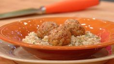 Fennel, Rosemary and Honey Oatmeal with Chicken Sausage Meatballs Recipe | Rachael Ray Show
