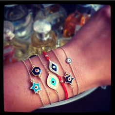 NE/_ Women Golden Tone Enamel Evil Eye Hamsa Hand Fatima Drop Bangle Bracelet F
