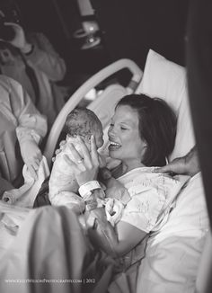 black and white birth photography by Kelly Wilson