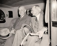 Jay G. Hayden, Detroit Newspaperman and Henry Ford at White House, April 28, 1938.