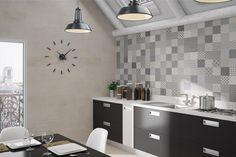 carrelage mural cuisine en carreaux de ciment gris à motifs dépareillés
