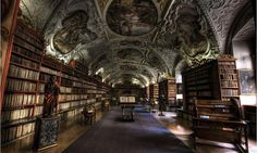 ため息がでるほど美しい世界の図書館20選