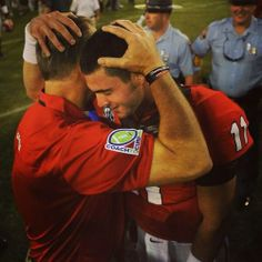 Awwh I love this. :) Mark Richt & Aaron Murray after the LSU game. (But why is his hair gone?!?! D:)