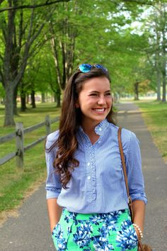 Belleoftheball45: Prints in The Park Preppy Outfits, Summer Outfits, Cute Outfits, Preppy Fashion, College Outfits, Preppy Wardrobe, Preppy College, Mom Outfits, Summer Shorts