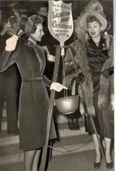 Lucille Ball opening Red Kettle Season in 1947 Lucille Ball, I Love Lucy, Christmas Ad, Vintage Christmas, Christmas Movies, Penal Colony, Sally Ann, Guys And Dolls, My Church