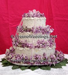 http://www.fresnoweddings.net/wedding_cakes.html