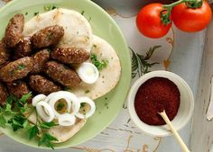 anatolitikoi-keftedes-fournou-afratoi-san-kebap_afierkeftedes_t59 Cyprus Food, Mince Meat, Your Recipe, Greek Recipes, Skewers, Sausage, Food And Drink, Appetizers, Cooking Recipes