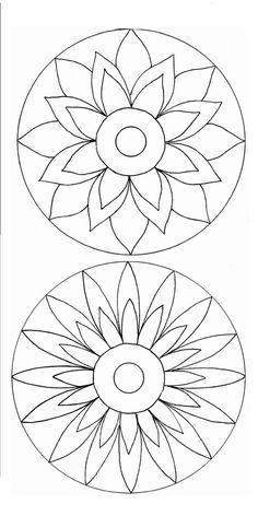 Poppy Mosaic Patterns for Beginners Mandala Art, Mandala Painting, Mandala Pattern, Flower Mandala, Stained Glass Patterns, Mosaic Patterns, Embroidery Patterns, Machine Embroidery, Cd Crafts