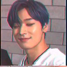 Aesthetic Movies, Aesthetic Videos, Kpop Aesthetic, Changmin The Boyz, Dance Kpop, Hyun Jae, Prince Eric, Kim Sun, Boyfriend Pictures