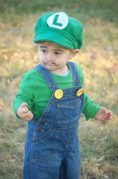 Luigi.. handmade hat, bibs, green shirt, and buttons painted yellow!  Off to save the princess!