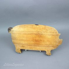 Rustic Wooden Pig Cutting Board  Round Tail for by LiliesLegacies