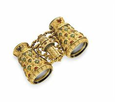 A PAIR OF ANTIQUE IVORY, ENAMEL AND GOLD OPERA GLASSES, ca. 1880