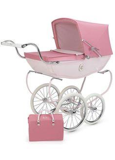 Silver Cross Doll Pram from - Baby Buggy - Baby Carriage - Baby Stroller - Carro de bebé - Cochecito bebé - Carricoche Pram Toys, Dolls Prams, Pram Stroller, Baby Strollers, Bassinet, Silver Cross Prams, Vintage Pram, Vintage Stroller, Prams And Pushchairs
