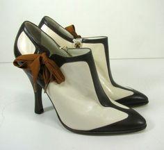 YSL Yves Saint Laurent Rive Gauche Brown & Cream Side Zip Booties Heels Size 37