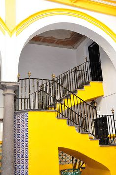 Blue and white tiles set again yellow. Puebla, Mexico