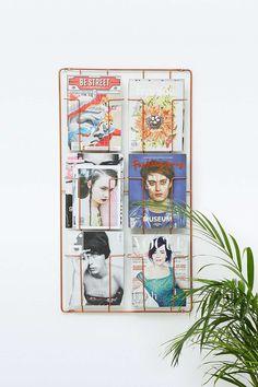 Wandhalterung für Magazine aus Kupfer mit sechs Fächern