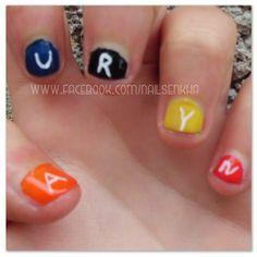 L'oreal resist & shine / base & top.  Claire's naranja, blanco, rojo y amarillo. Easy París 31. Nagelin azul. Deliplús gel acabado brilo 06. #auryn #loreal #claires #easyparis #nagelin #deliplus #mercadona #notd #picoftheday #nailsblogger #nofilter #followme #nails #like #nailspolish #polish #nailideas #manicure #nailartclub #nailartadict #cool #instacool #nailstagram #instanails #orange #red #yellow #white #black #blue