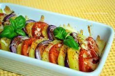 Ma cuisine au fil de mes idées...: Tian de pommes de terre, tomates et oignons rouges à la mozzarella