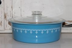 Gotta find this!       Rare Vintage Pyrex Snowflake Blue 4 Quart by SouthernVintageGa, sold