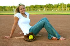 softball player senior pic
