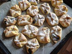 Kynuté nekynuté šátečky Pretzel Bites, Cheesecake, Cupcakes, Bread, Food, Cupcake Cakes, Cheesecakes, Brot, Essen