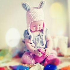 Ravelry: Bunny hat - knitting pattern by Rina Berges