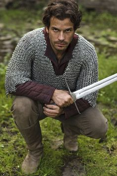 Santiago Cabrera in Merlin.  For once I can sort of see the appeal! #lancelot