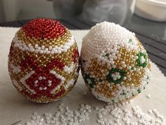 Osterei aus Glasperlen. Teil 1/2. Easter egg out of beads. Part 1/2.